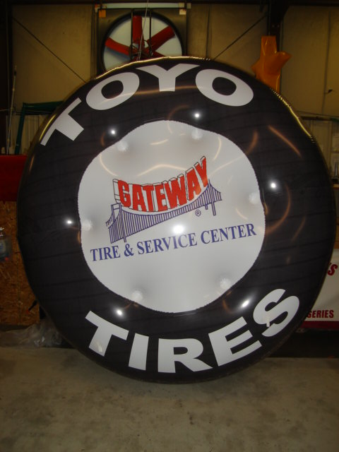 custom tire shape balloon with logo