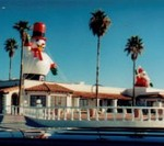 Snowman inflatables - giant snowman balloons -  25ft. snowman on roof. Inflatables for Sale.